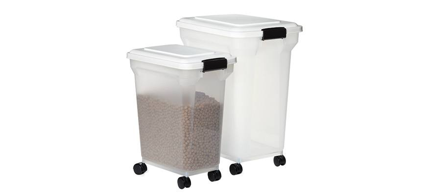 use airtight resealable dog food containers