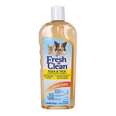 Lambert Kay Fresh 'n Clean Flea and Tick Small Pet Conditioning Shampoo