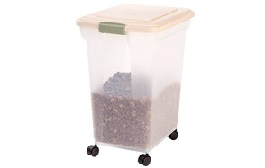 Premium Airtight Pet Food Storage Containers by IRIS USA, Inc.
