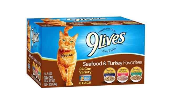 9 Lives Seafood & Turkey Favorites Wet Cat Food