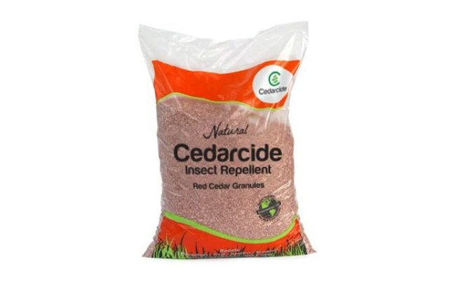 Cedar Mulch Granules for Dogs