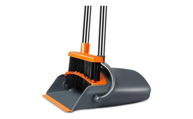 Chouqing Dust Pan and Broom