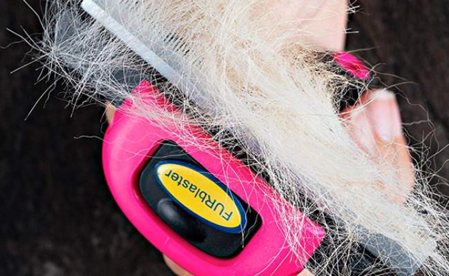 DakPets Deshedding Dog Brush