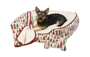 Frisco Christmas Tree Dog Bed