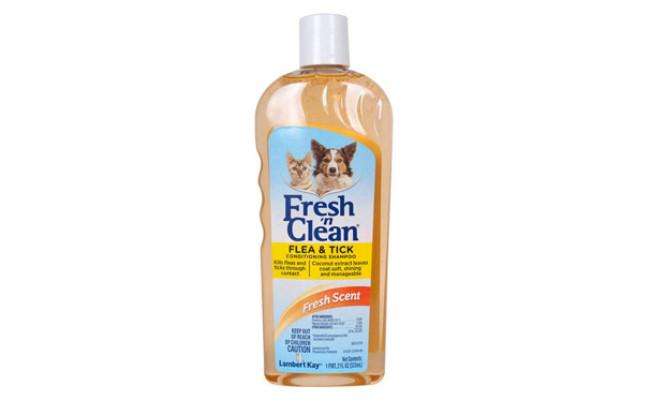 Lambert Kay Fresh 'n Clean Flea and Tick Shampoo