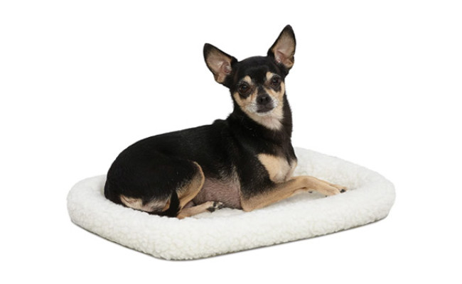 MidWest Homes for Pets White Fleece Dog Bed