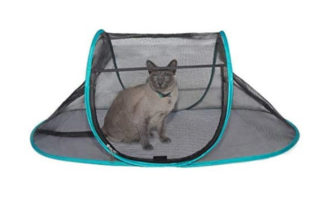 Nala and Company Cat House Outdoor Pet Enclosure