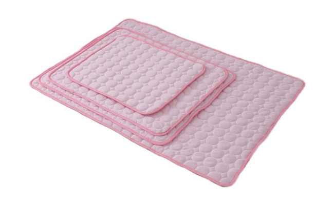Nesutoraito Washable Summer Cooling Mat for Dogs