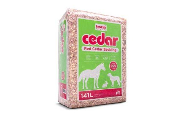 PETSPICK Red Cedar Pet Bedding for Dogs