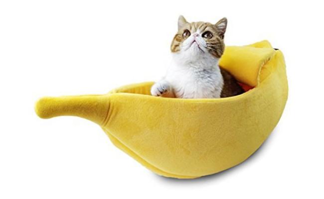 Petgrow Banana Shaped Cat Bed