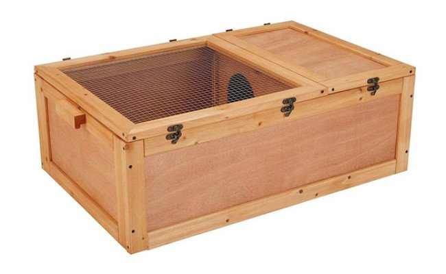 unipaws Chinese Fir Wood Tortoise Enclosure